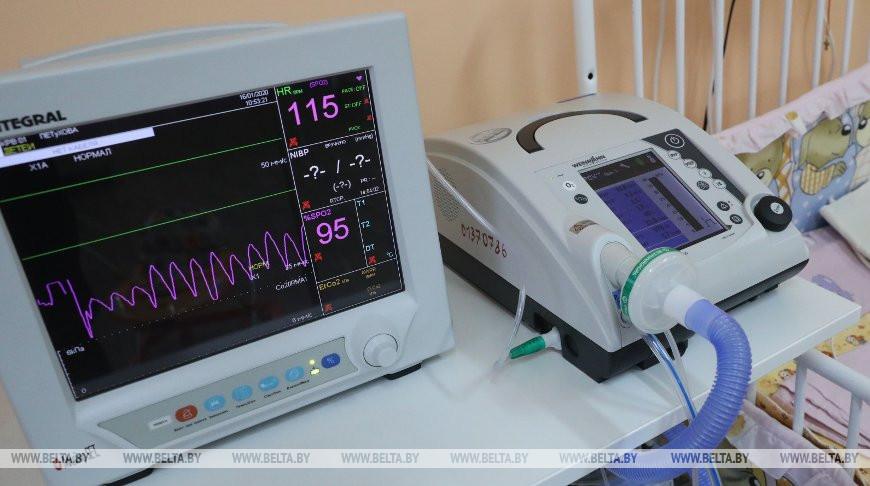 Аппарат искусственной вентиляции легких. Фото из архива
