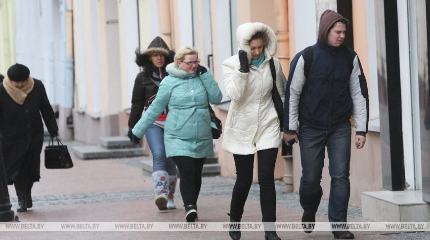 Оранжевый уровень опасности из-за сильного ветра объявлен в Беларуси 13 марта