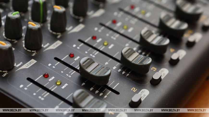 Систему оповещения с помощью эфира радиостанций протестируют в Беларуси
