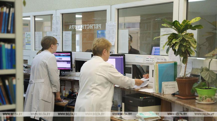 Для пациентов с повышенной температурой поликлиники организовали отдельный вход