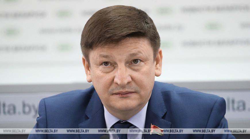 Парламентарий Марзалюк считает, что на фейках о коронавирусе зарабатываются деньги