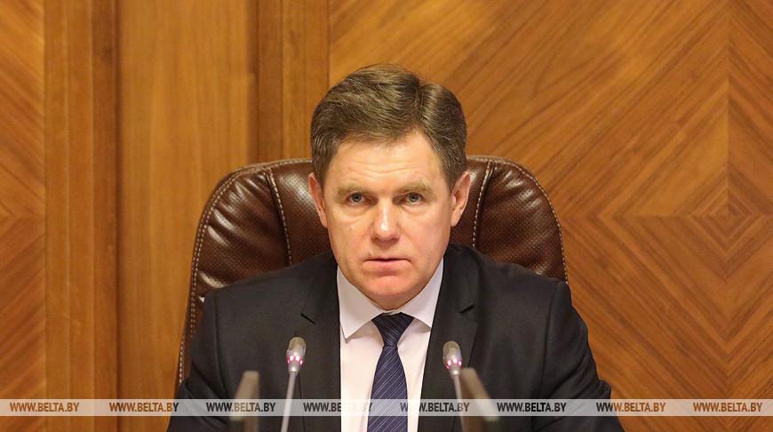 Петришенко: в Беларуси будут выработаны дополнительные меры стимулирования медработников