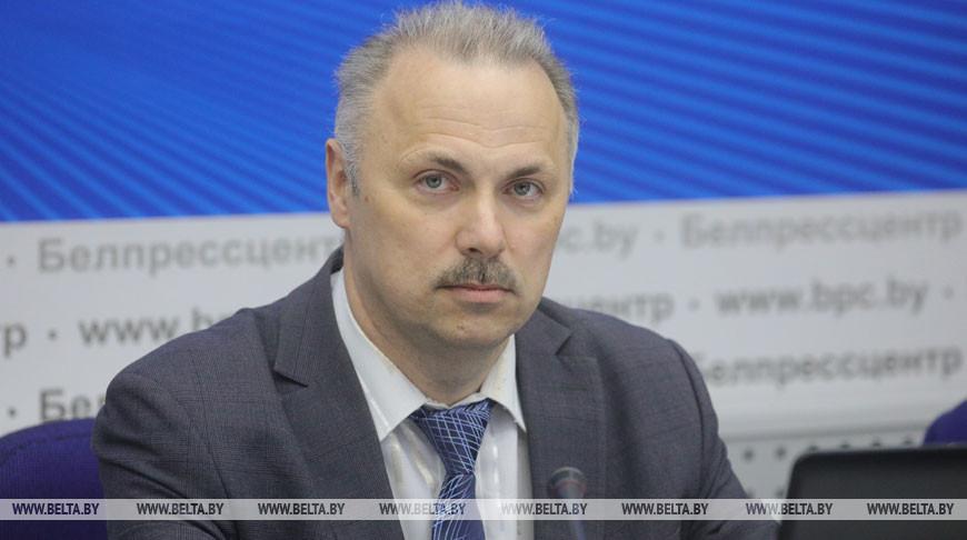 Александр Пацеев во время стрима