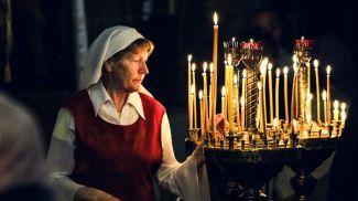 Во время праздничного пасхального ночного богослужения в Свято - Николаевском гарнизонном соборе в Бресте