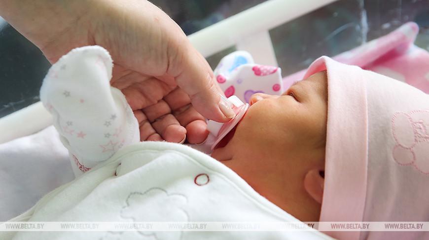 В Беларуси 3 июля родились 163 ребенка