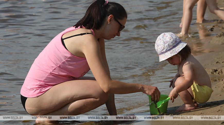 В Беларуси ограничено купание в 13 зонах отдыха, запрещено в 18