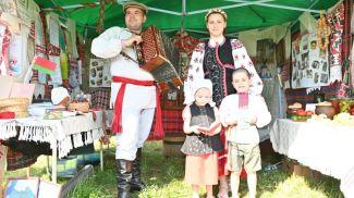 Валерия Шипкова с семьей. Фото из архива героини