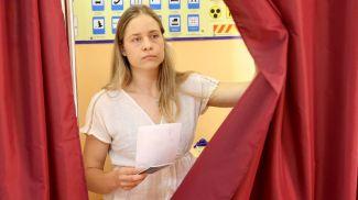 Анна Стрельцова