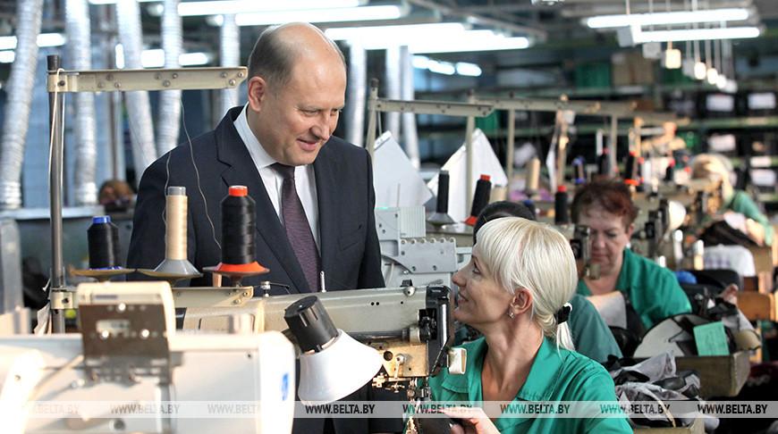 Юрий Суманеев на производстве. Фото из архива