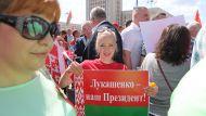 Белорусам надо идти мирным путем - мнение