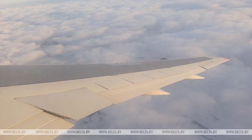 Вылетающим в Минск пассажирам нужно будет заполнить анкету о состоянии здоровья