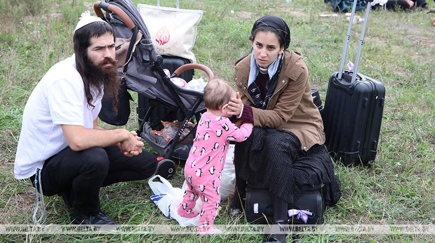 Около 1 тыс. паломников-хасидов находятся на межграничье Беларуси и Украины.