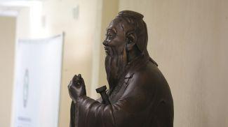 В институте китаеведения имени Конфуция. Фото из архива