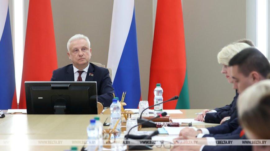 Рачков: несмотря на видеоформат, Форум регионов Беларуси и России проходит активно и содержательно