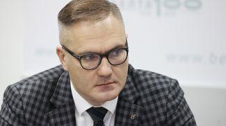 Вадим Гигин во время круглого стола