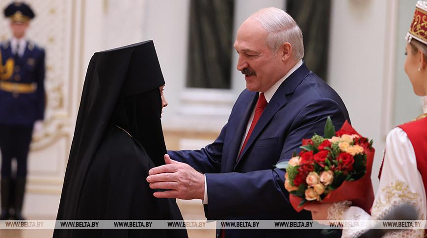 Игуменья Гавриила и Александр Лукашенко