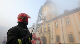 Во время тушения условного пожара в замке