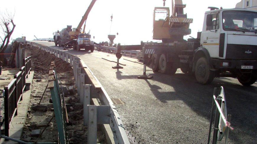Реконструируемый мост в Пинске планируют ввести в мае