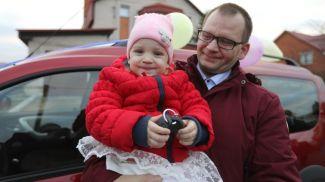 Андрей Бажанов с дочкой