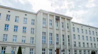 Брестский облисполком. Фото из архива