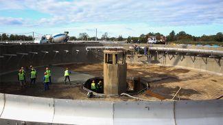 Во время реконструкции очистных сооружений Бреста. Фото из архива