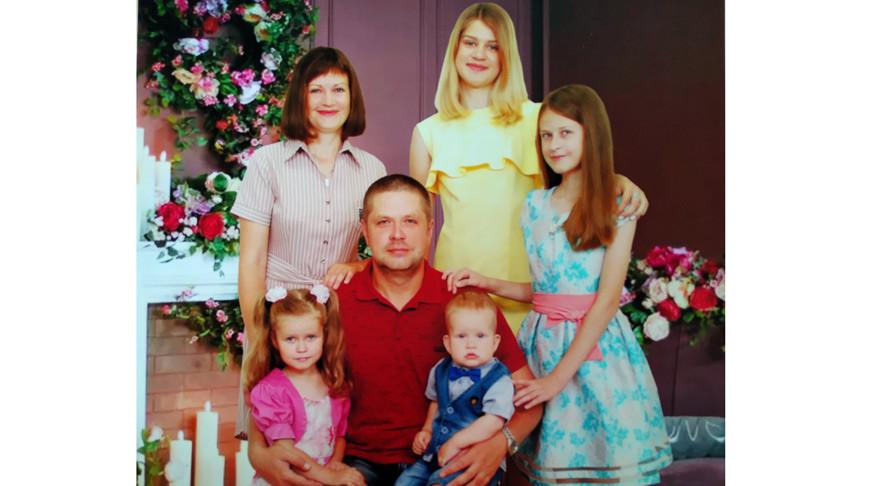 Многодетный отец: семейный капитал - это подушка безопасности для многодетной семьи