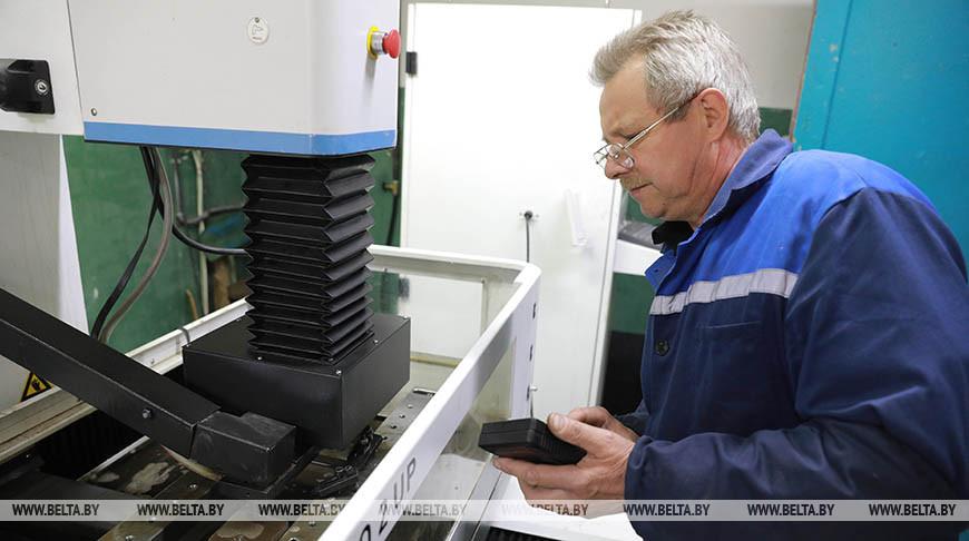 Электроэрозионист Василий Синявский