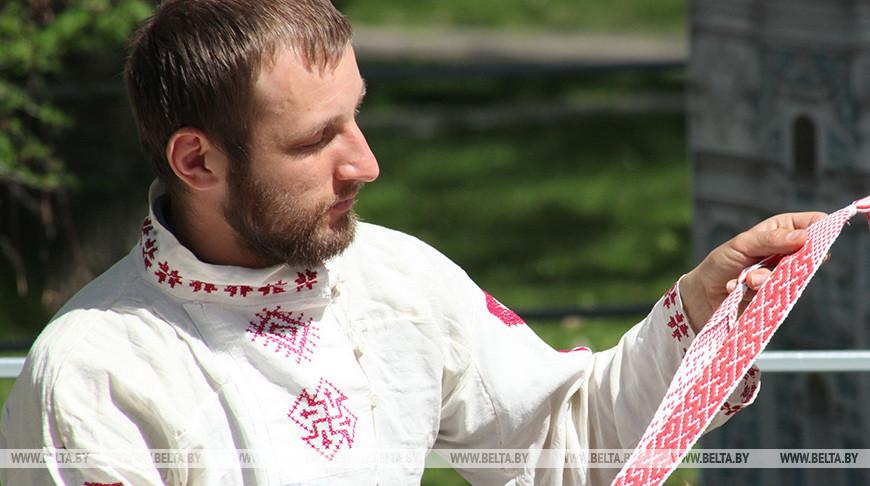Велопробегом отметят в Бресте День вышиванки (сегодня)