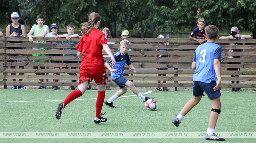 В Бресте открыли мини-футбольное поле