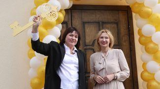 Председатель Гродненской областной нотариальной палаты Людмила Орсик и председатель Белорусской нотариальной палаты Наталья Борисенко