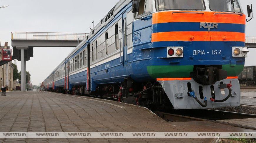 Курсирование поездов 18-19 ноября на участке Орша - Минск изменяется из-за ремонта моста