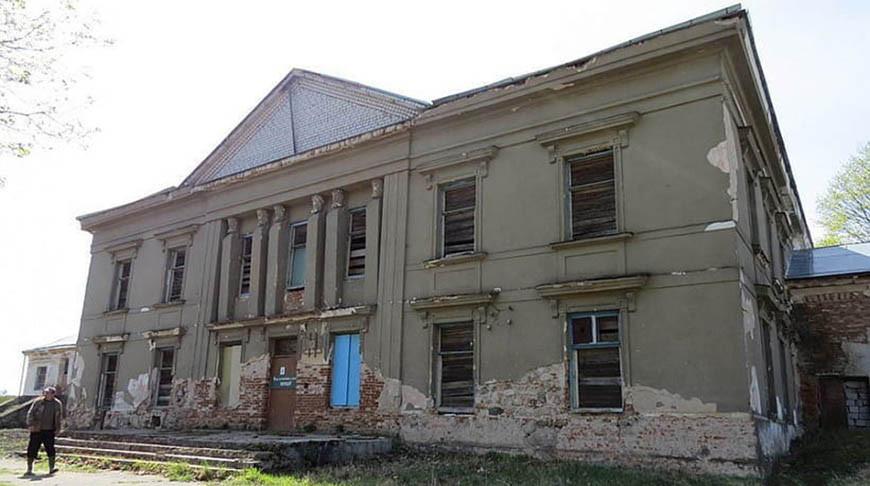 Бывший дворец Радзивиллов в Барановичском районе ушел с молотка за Br19,2 тыс.