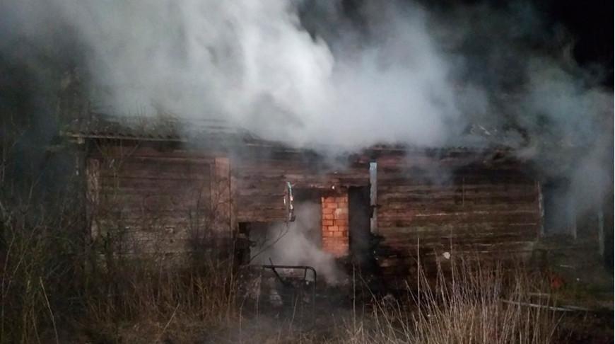 В Ивановском районе двое мужчин погибли при пожаре частного дома