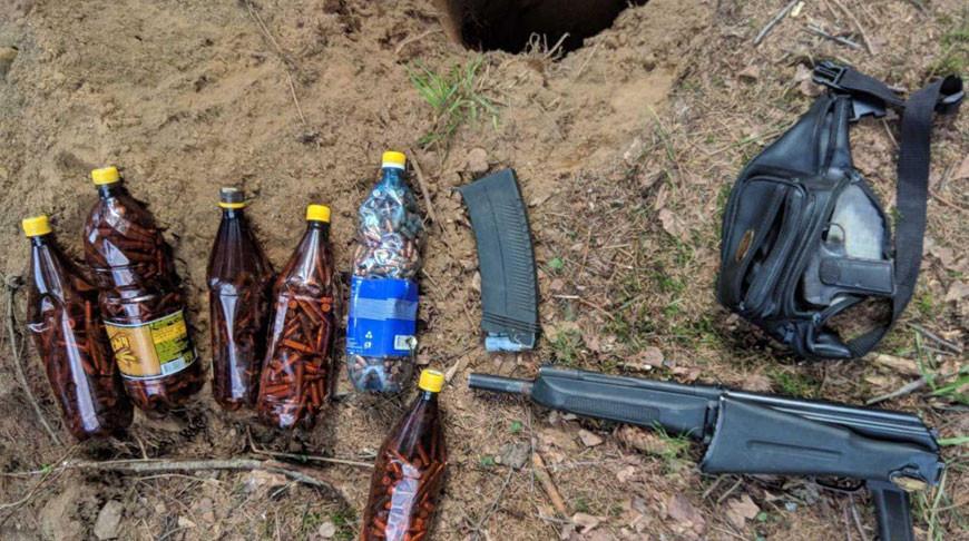 Тайник с боеприпасами и взрывчатыми веществами обнаружили в Вороновском районе