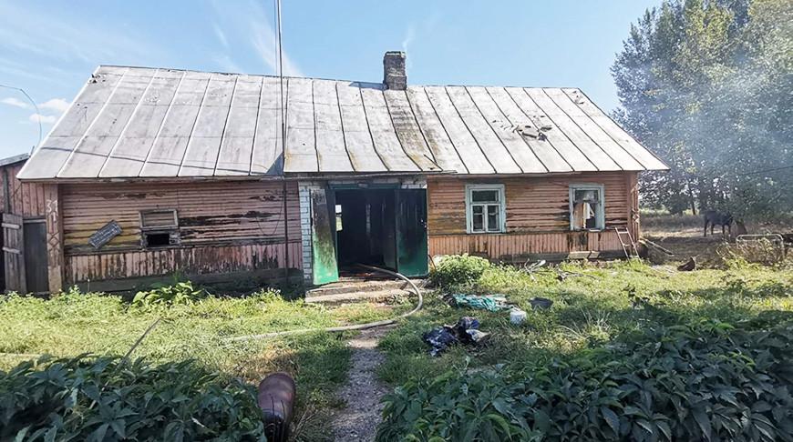 В Вороновском районе пенсионер получил ожоги, пытаясь потушить пожар в доме