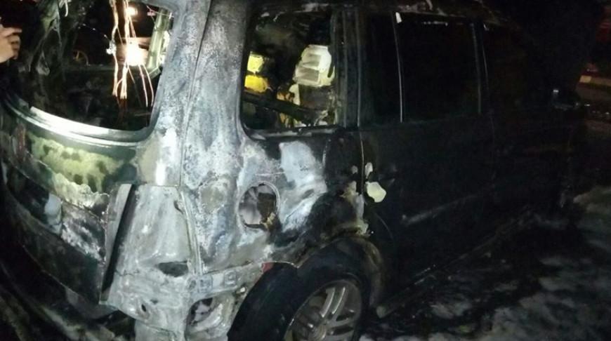 В Новолукомле ночью горели четыре автомобиля