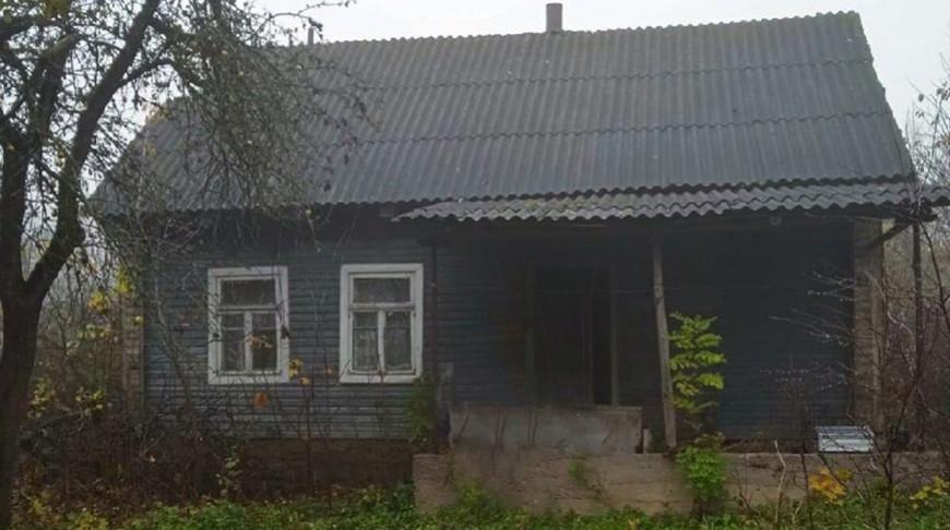 В Новогрудском районе в заброшенном доме обнаружено тело 47-летней женщины.