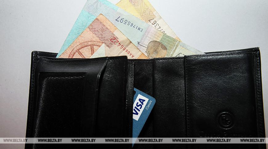 В Могилеве водитель маршрутного такси забрал чужие деньги
