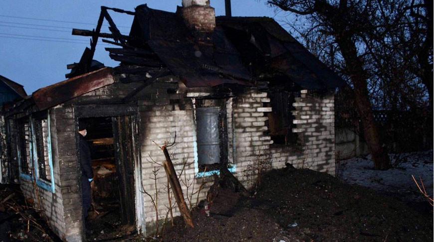 В Быхове при пожаре погибли два человека - следователи проводят проверку