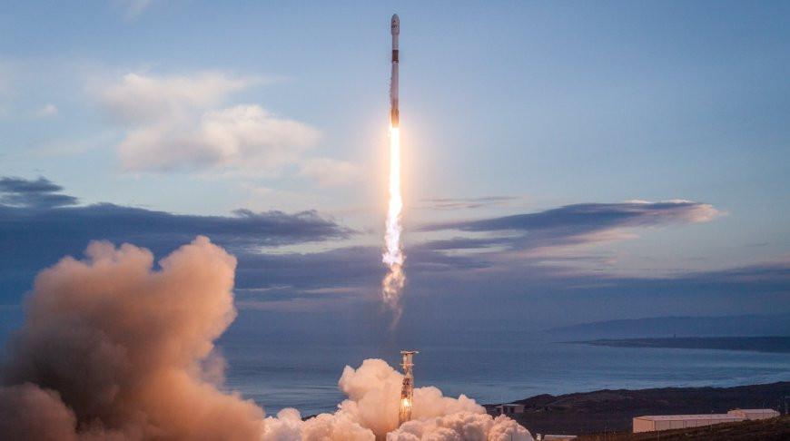 SpaceX снова отложила запуск 60 спутников системы Starlink