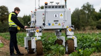 Робот Bonirob для сельскохозяйственных работ. Фото Picture Alliance