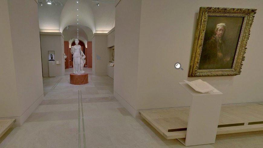 Скриншот виртуальной экскурсии  louvre.fr