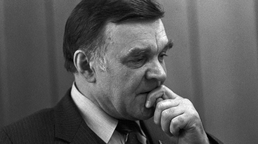 Юрий Бондарев. Фото из архива ТАСС