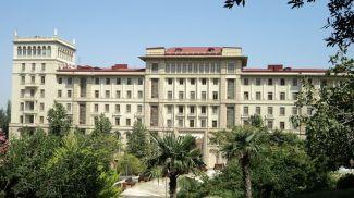Кабинет Министров Азербайджана. Фото АЗЕРТАДЖ
