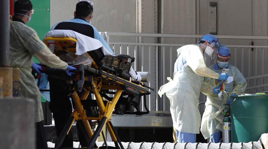 За сутки в США умерло рекордное число зараженных коронавирусом - 1,7 тыс. человек