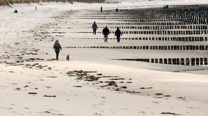 Жителям немецкого Грайфсвальда смягчили карантин и разрешили на Пасху отправиться на пляжи