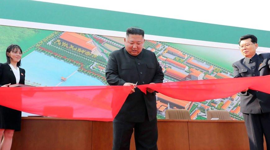 Ким Чен Ын появился на публике после долгого перерыва