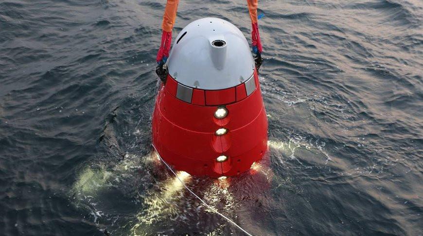 Российский глубоководный аппарат установил вымпел на дне Марианской впадины в честь 75-летия Победы