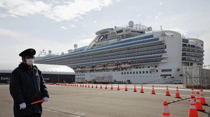 Круизный лайнер Diamond Princess покинул Японию