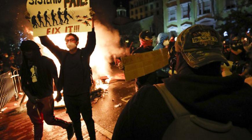 В ходе протестов в США задержаны более 4 тыс. человек